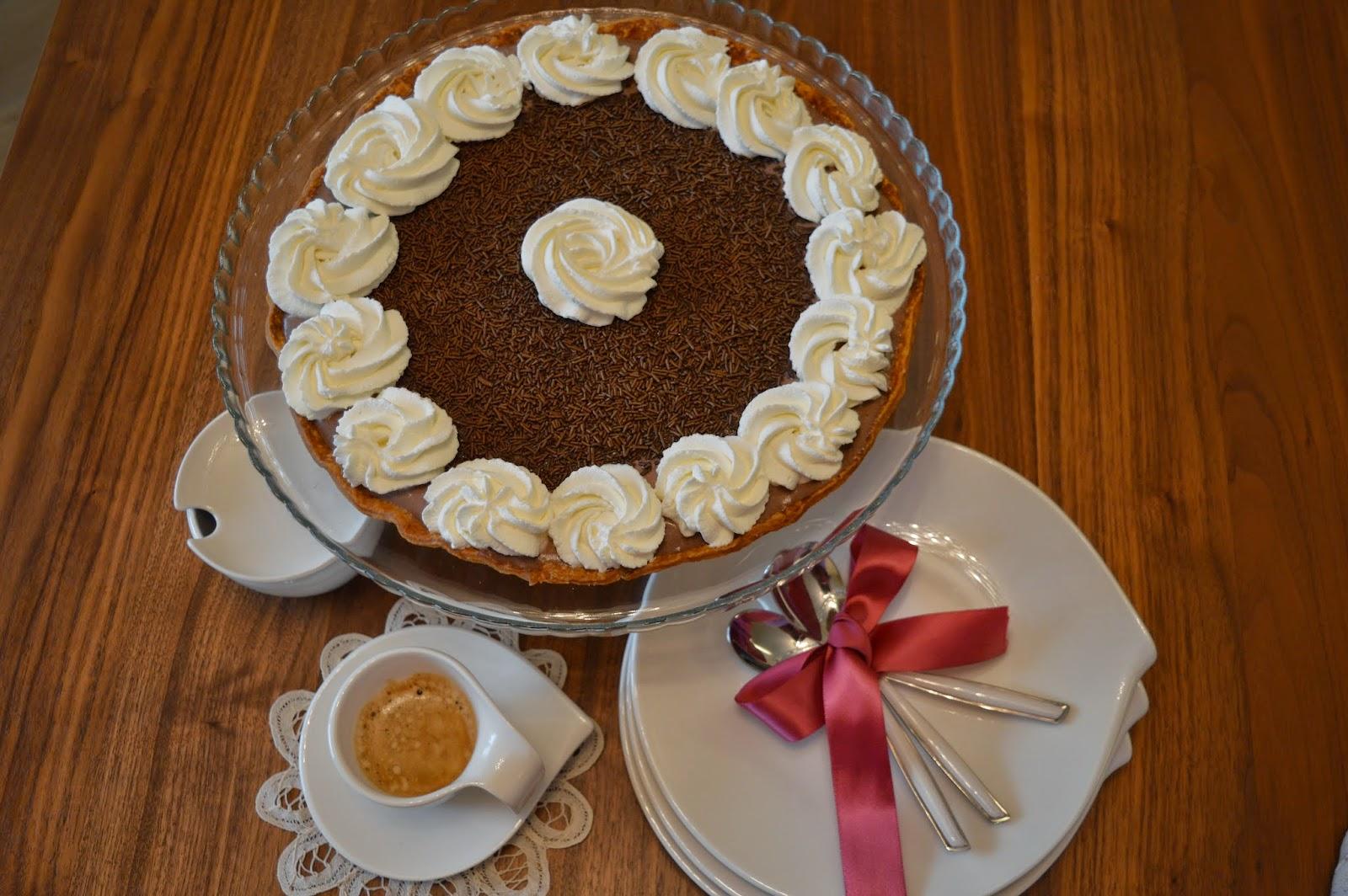 Sfoglia croccante con mousse al cioccolato e caffé