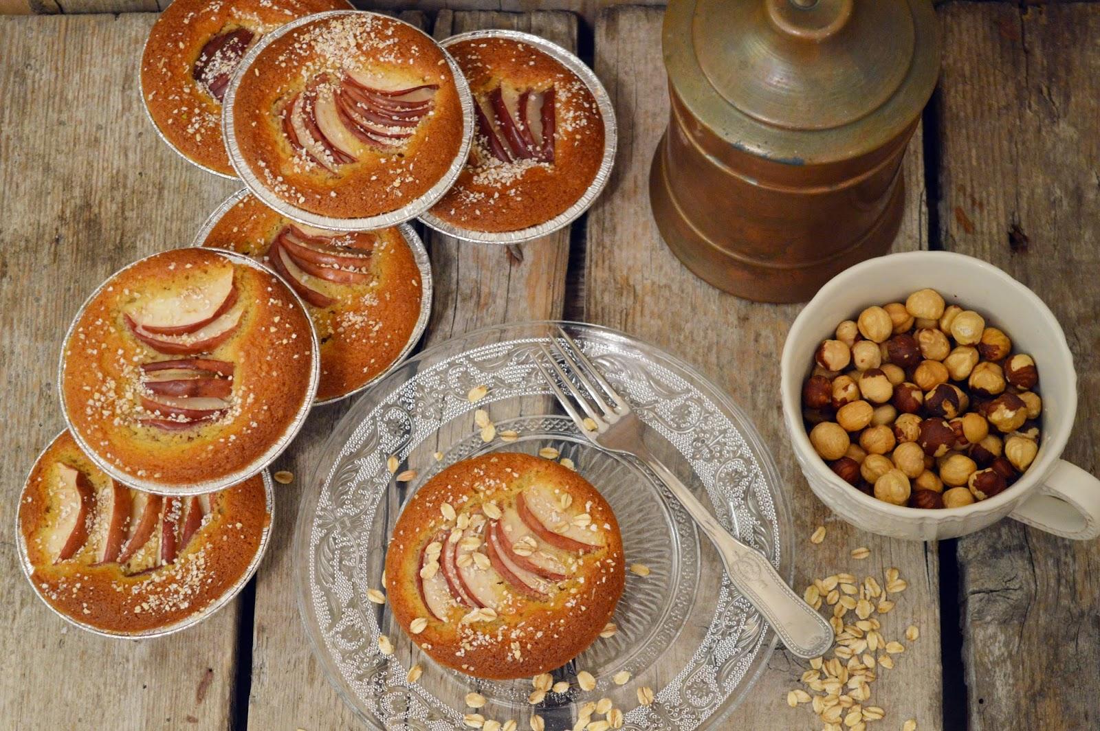 Tortine di mele, nocciole e avena per #re-cake2.0
