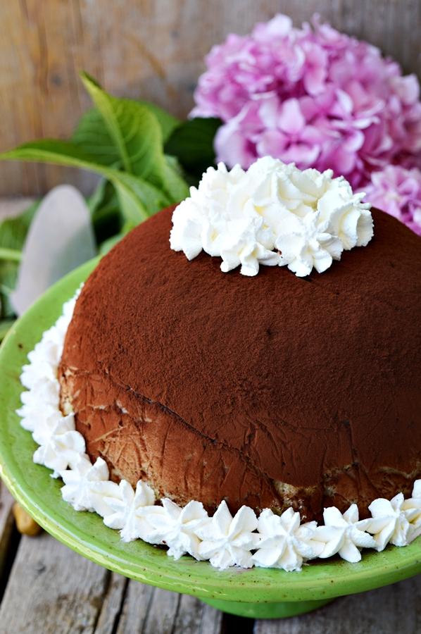 Zuccotto con gelato al cioccolato fondente