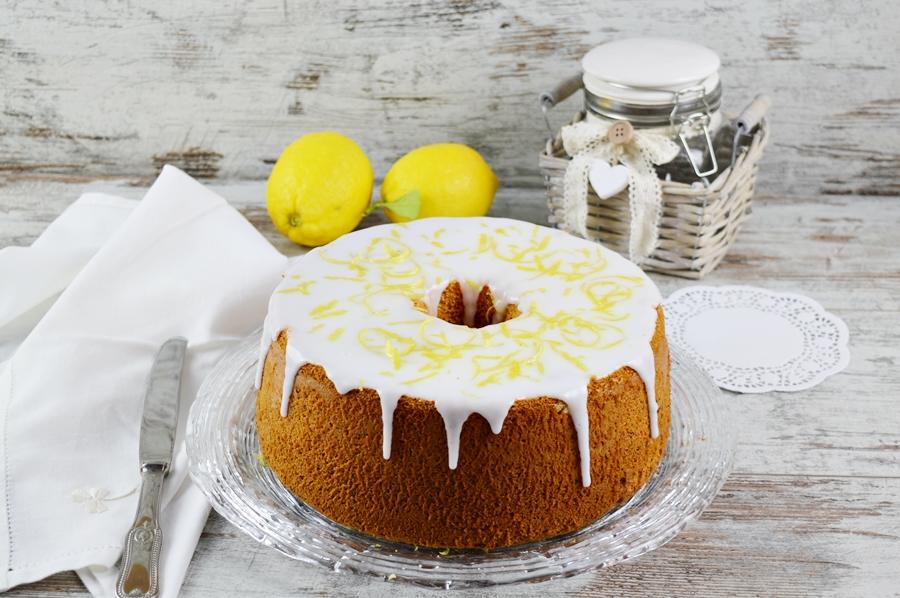 Fluffosa al limone e semi di papavero