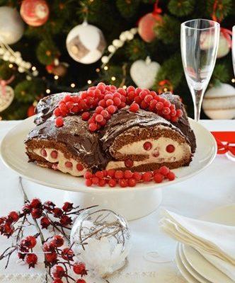 Tronchetto di Natale ai marron glacè e ribes