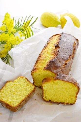 Cake di ricotta al limone