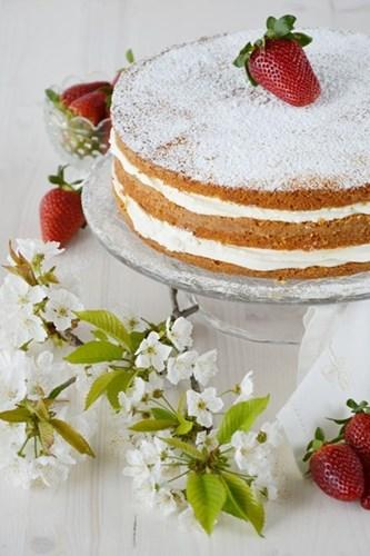 Victoria Sponge Cake alle fragole
