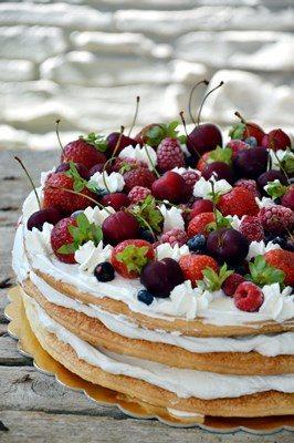 Millefoglie ai frutti rossi con crema al mascarpone – 10° complimese Niccolò