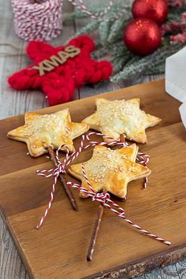 Stelle di briseè al salame e formaggio